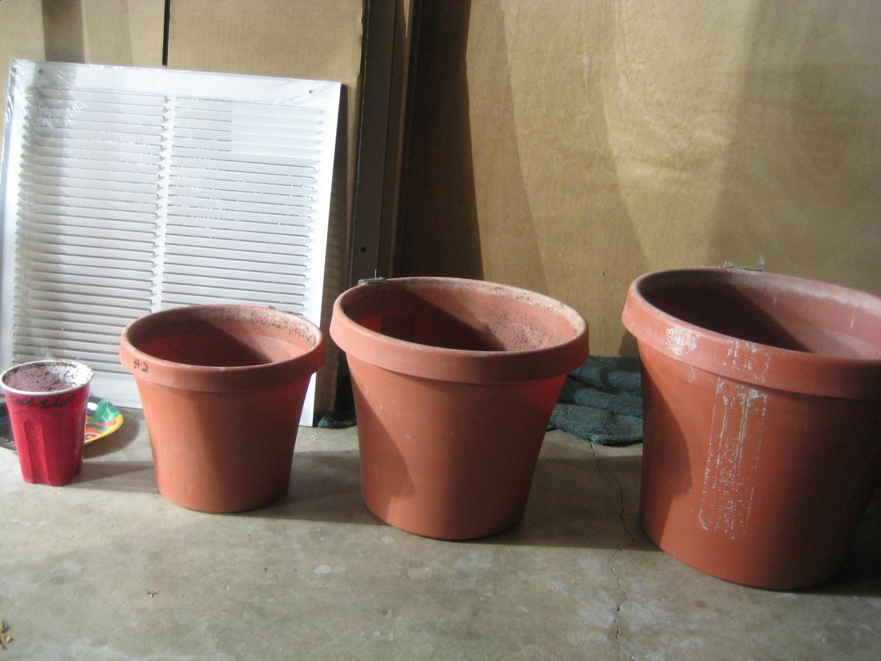 pot-for-marijuana-plants